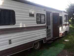 RV Camper Trailor - Clean for Sale in Erie, PA