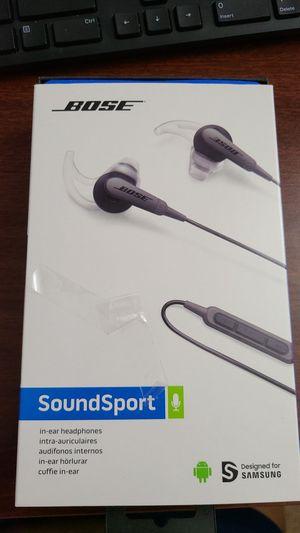 Bose soundsport headphones for Sale in Lakeland, FL