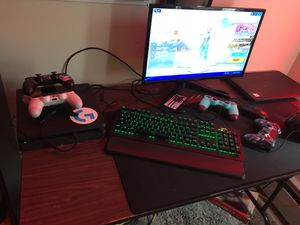 Gaming setup and Kink bmx bike for Sale in Londonderry, NH