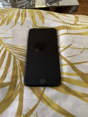 iPhone 7 (jet black 120gb) for Sale in The Bronx, NY