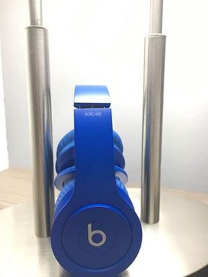 Beats by dre solo headphones for Sale in Miami, FL