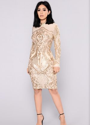 Fashion nova gold sequin dress *worn once* XS with stretch for Sale in Cleveland, OH
