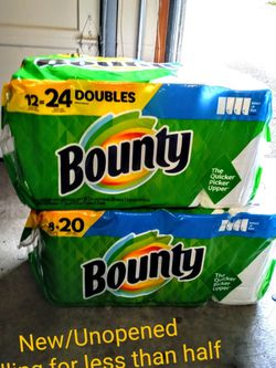 New Paper Towels, Less Than Half Price for Sale in Lakewood,  WA