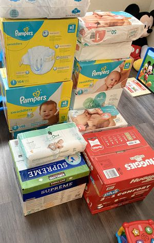 Pampers for Sale in Clearwater, FL