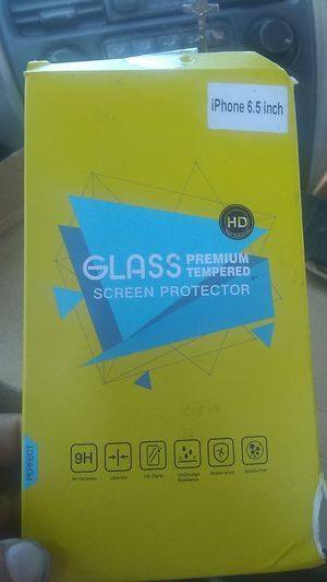 Glass premium tempered for iPhone X's plus for Sale in Paramount, CA