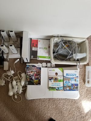 Wii w/ wii fit and wii sports resort for Sale in Fairfax, VA