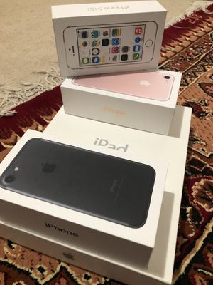 Apple IPad,2 iPhone7 and iPhone5s boxes only for Sale in Burke, VA