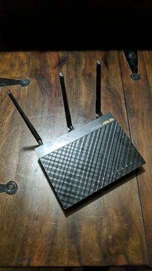 ASUS RT-AC66U Router - Mint Condition - 1750 mbs! for Sale in Fort Lauderdale, FL