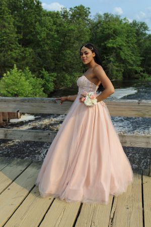 Sweet 16/ Prom dress for Sale in Evesham Township, NJ