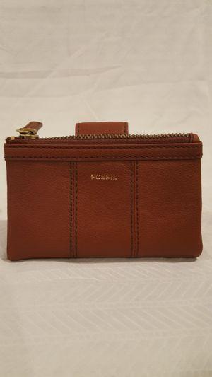 FOSSIL Ella Multi Medium Brown wallet for Sale in Vienna, VA