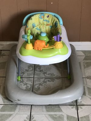 BABY WALKER LIKE NEW for Sale in Riverside, CA