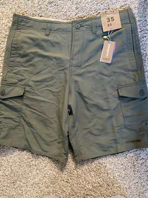 "Patagonia Men's size 35 Wavefarer Cargo Shorts - 20"" for Sale in La Habra Heights, CA"