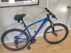 "Specialized Men's Mountain Bike Pitch Comp 650B 27 speeds 27.5"" tires less than 25 miles! for Sale in Lafayette, CA"
