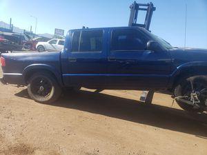 GMC sonoma 2003 partes for Sale in Phoenix, AZ