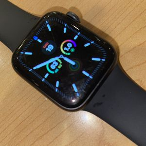 Apple Watch Series 4 for Sale in Norwood, MA