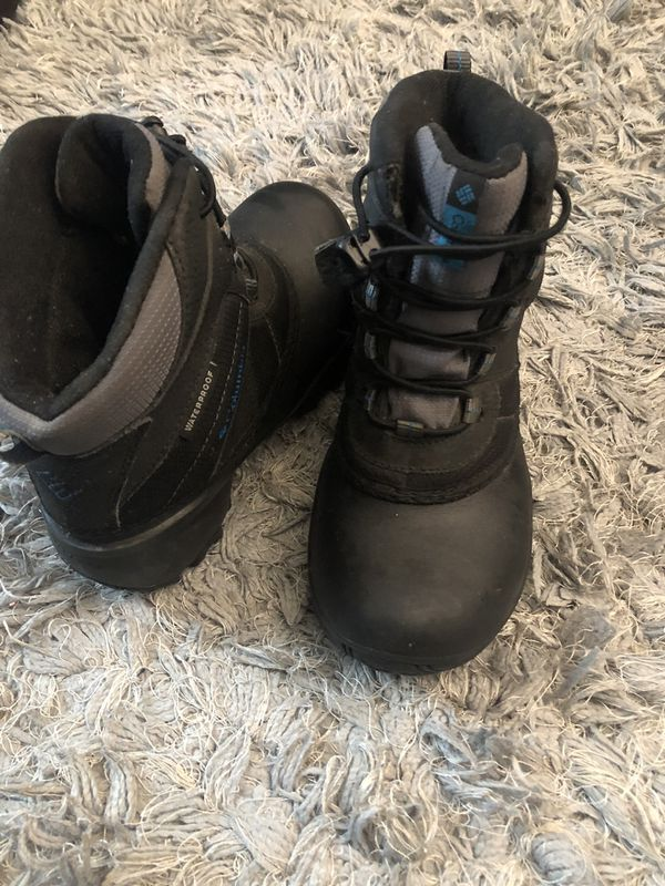 Snow boots for kid