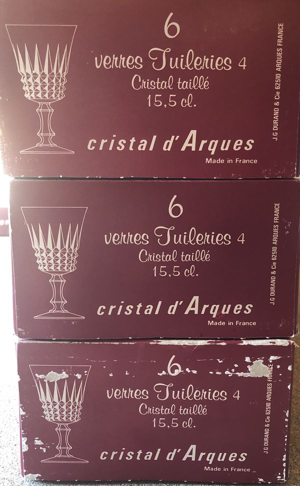 Rntire set of 8 Cristal D'arques Tuileries and crystal glass sets.