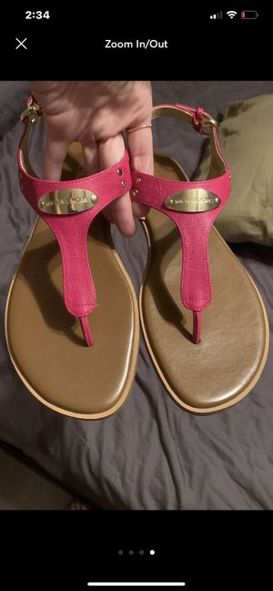 HOT PINK AND TAN LEATHER MICHAEL KORS SANDALS SIZE 10 for Sale in St. Petersburg, FL