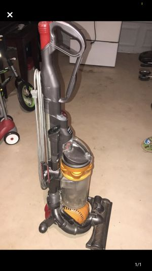 Dyson Vacuum for Sale in Selma, TX