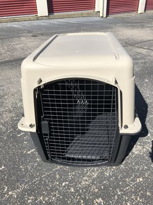 2 medium dog crates for Sale in Lexington, KY
