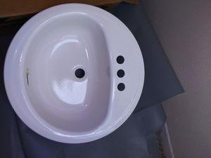Lavamanos nuevo en su caja 40 es 19 por 19 obalado for Sale in Miami, FL