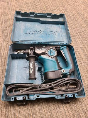 Makita electric hammer drill for Sale in Smyrna, GA