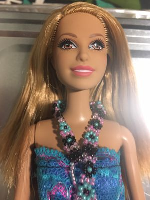 Barbie doll for Sale in Chicago, IL