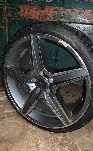 19 inch wheels with tires for Sale in Alexandria, VA