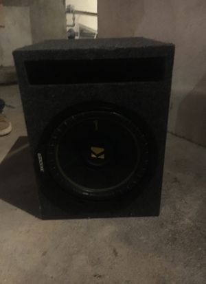 8 inch subwoofer w box for Sale in Los Angeles, CA