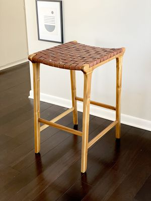 """Bar height woven cognac leather and teak wood stool - by designer Made Goods (Only bar height available) New never been used """"Exquisite woven ful for Sale in Duarte, CA"""