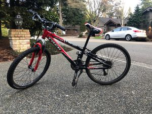 Mountain 220 trek bike for Sale in Mill Creek, WA