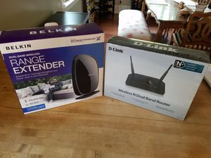 D-Link Dual Band Router and Belkin Dual Band Range Extender for Sale in Portland, OR