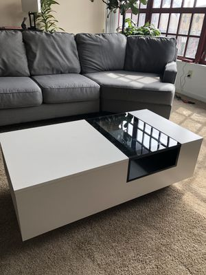 Modern Coffee Table with Storage for Sale in Cleveland, OH