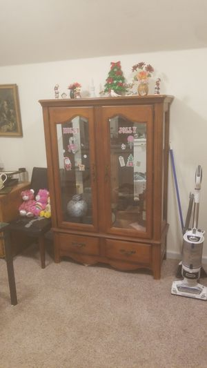 BASSETT China cabinet for Sale in Derby, KS