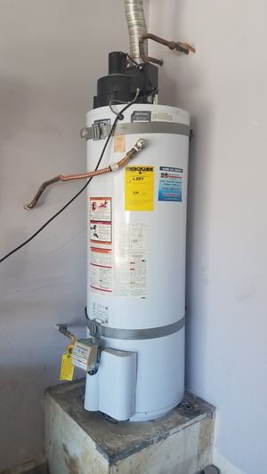 Water heater 50g for Sale in North Las Vegas, NV