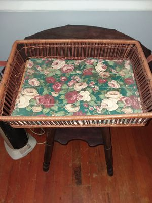 Free Basket for Sale in Lynchburg, VA