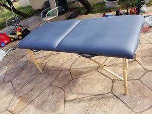 Massage Table for Sale in West Palm Beach, FL