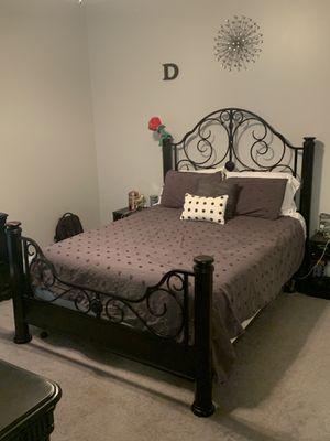 Bedroom set for Sale in Bridgeport, WV