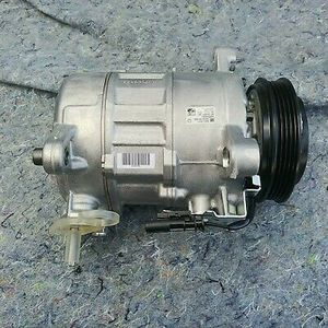 2015-17 chevy tahoe 1/7 A/C Compressor and Clutch ACDelco GM Original Equipment 15-22303 84317510 for Sale in Fairfield, CA