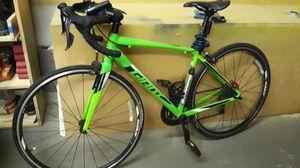 Giant road bike for Sale in Pompano Beach, FL