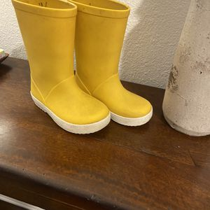 Kids Rain boots US 7C EU23 14cm for Sale in Portland, OR