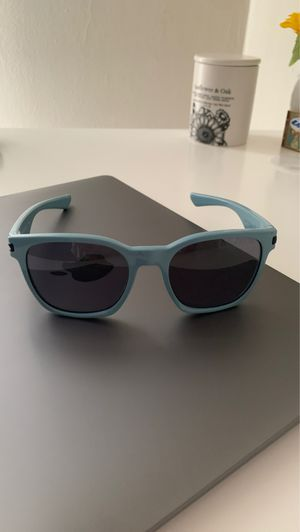 Oakley sunglasses baby blue frame Or Best Offer for Sale in Pasadena, CA