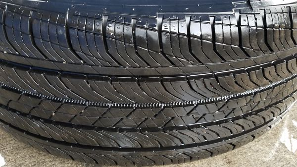 "INFINITI QX30 18"" INCH WHEEL RIMS W/ TIRES (SET OF 4)"