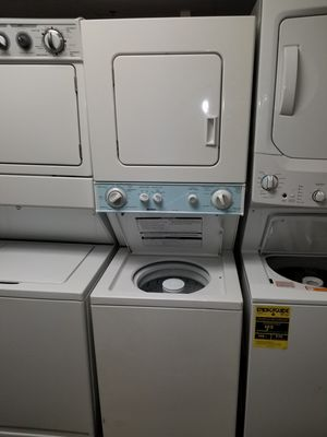 """Kenmore 24""""wide electric laundry center in great condition for Sale in McDonogh, MD"""