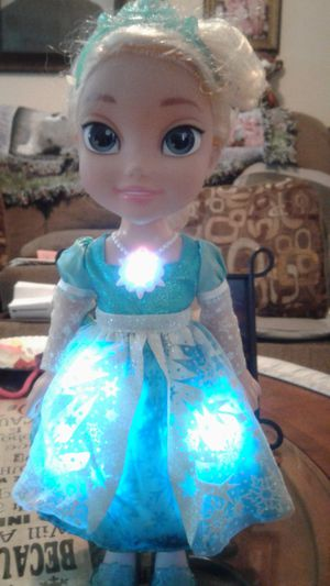 Elsa doll sings great condition for Sale in Anaheim, CA