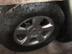 """35 x 12.5 with 20"""" chrome Chevy rims for Sale in Austin, TX"""
