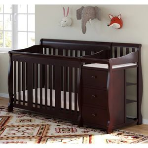 3 in 1 crib with drawers and changing table great condition!! for Sale in Dallas, TX