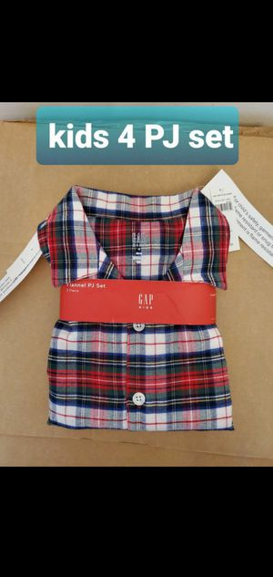 Gap kids size 4 Flannel PJ set NEW for Sale in Falls Church, VA