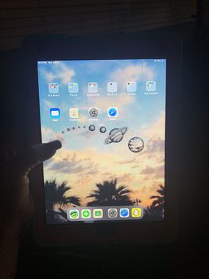 iPad 6 generation with camera for Sale in San Diego, CA