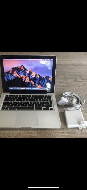 """Best student MacBook Pro 13"""" excellent working condition with original charger for Sale in Modesto, CA"""